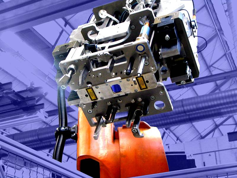 Robot guided gripper with integrated LTSOT500-D scanner